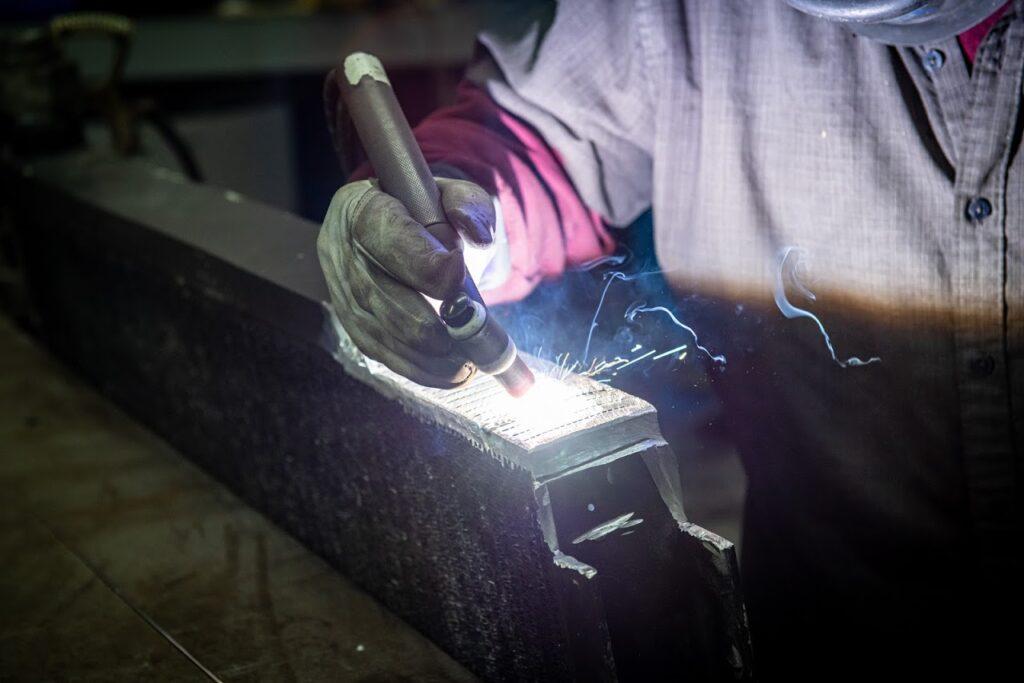 welding an aluminum oil cooler