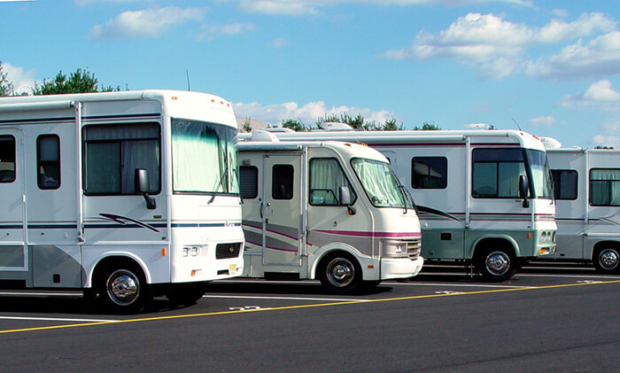 motorhomes parked and waiting for radiator service work